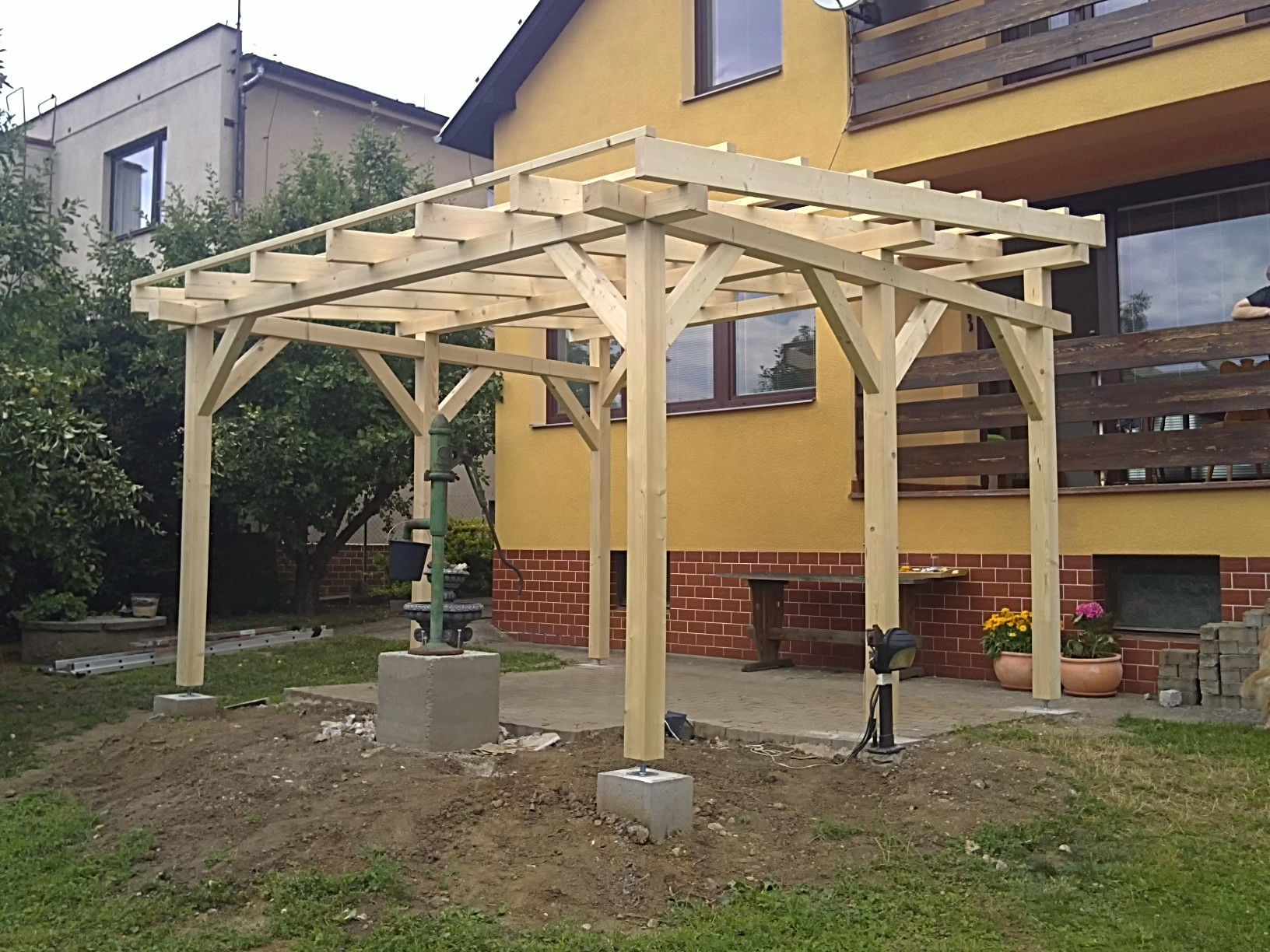 pergola 5 x 5 m sklon 6 zahradn domky bel an. Black Bedroom Furniture Sets. Home Design Ideas